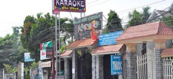 Nữ bí thư kể lúc 14 cán bộ xã giải cứu cô ở quán karaoke