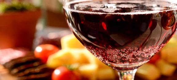 Những Rào Cản Về Luật Cần Khắc Phục Nếu Muốn Kinh Doanh Rượu Online Thành Công